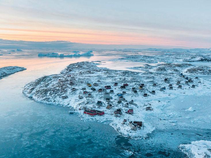 Estratégicamente ubicada en una península de la zona costera al este de Groenlandia, se encuentra el pueblo de Isertoq. © G.K. Hovelsrud